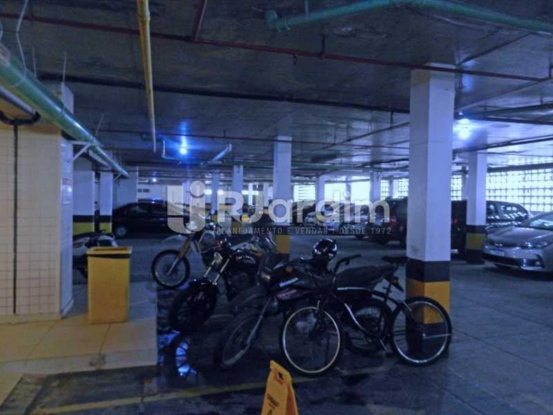garagem - Cobertura Duplex Barra da Tijuca 2 Quartos - LACO20112 - 29