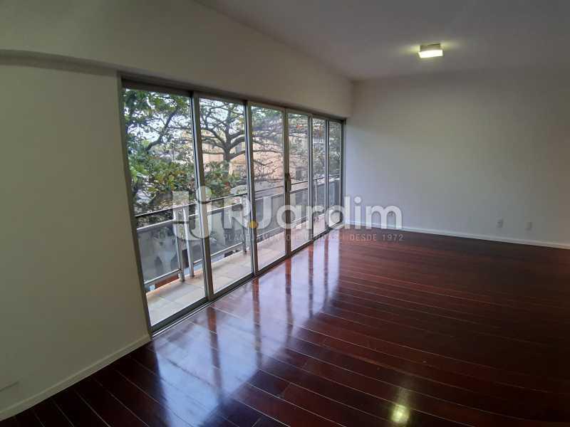Varanda e sala de estar - Apartamento Urca 4 Quartos Aluguel - LAAP40839 - 1