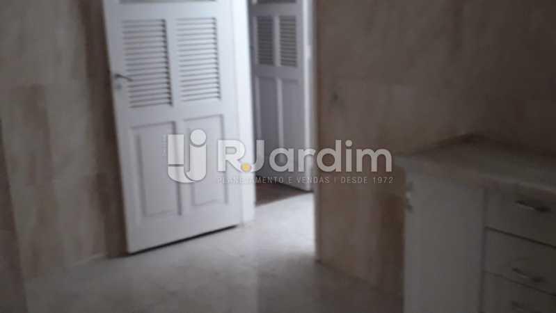 Cozinha acesso a área - Apartamento Lagoa 2 Quartos Aluguel - LAAP21657 - 16