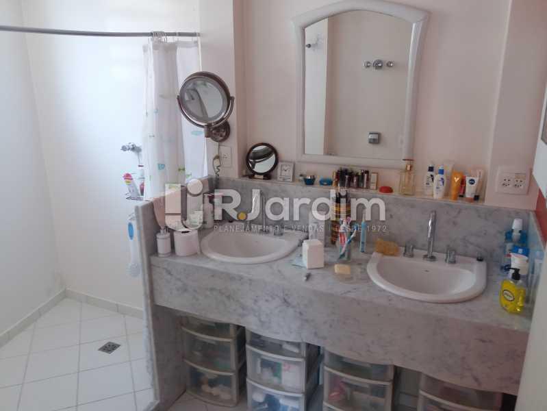 Banheiro suíte - Apartamento Leblon 4 Quartos - LAAP40842 - 12