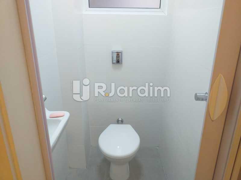 BANHEIRO SERVIÇO - Apartamento - Padrão / Residencial / Leblon - LAAP32308 - 22