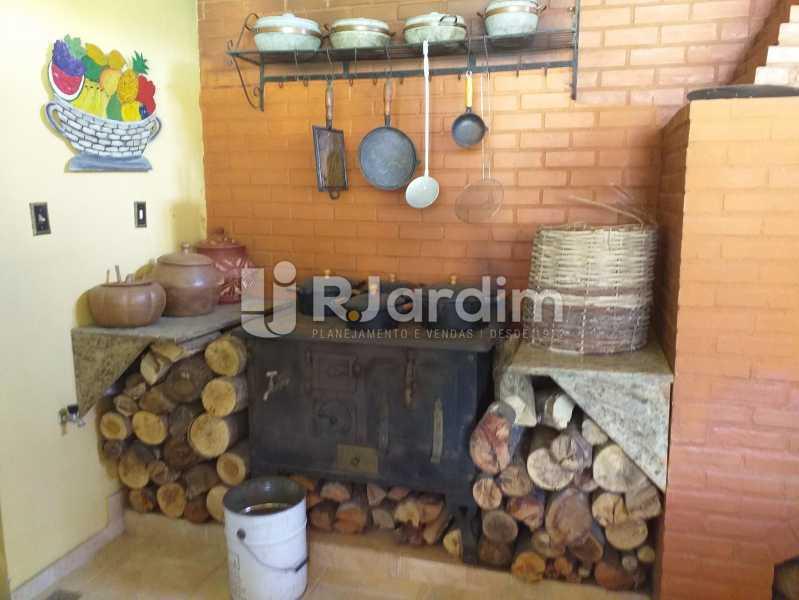 FOGÃO À LENHA - Casa em Condomínio Quitandinha Petrópolis - LACN50013 - 26