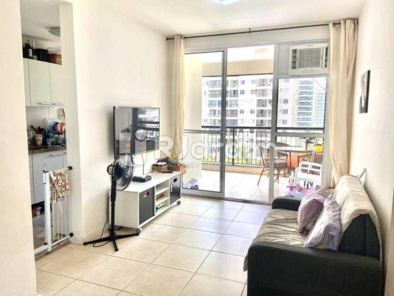 sala - Apartamento À Venda Avenida Vice Presidente Jose Alencar,Barra da Tijuca, Zona Oeste - Barra e Adjacentes,Rio de Janeiro - R$ 520.000 - LAAP21663 - 5