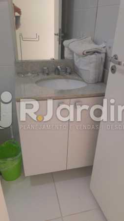 banheiro suíte - Apartamento À Venda Avenida Vice Presidente Jose Alencar,Barra da Tijuca, Zona Oeste - Barra e Adjacentes,Rio de Janeiro - R$ 520.000 - LAAP21663 - 13