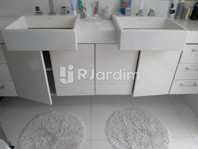 banheiro / suíte  - Apartamento Copacabana 3 Quartos - LAAP32317 - 16