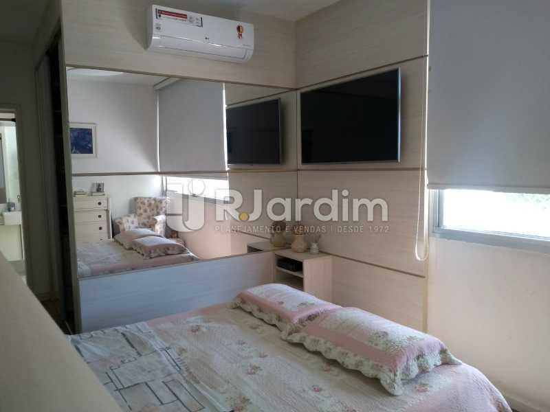 suíte / closet  - Apartamento Copacabana 3 Quartos - LAAP32317 - 12