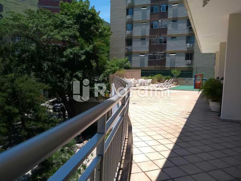 área comum / solarium  - Apartamento Copacabana 3 Quartos - LAAP32317 - 27