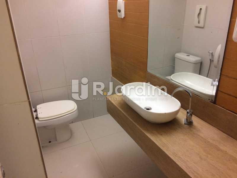 Banheiro - Loja Leblon, Zona Sul,Rio de Janeiro, RJ Para Alugar, 155m² - LALJ00153 - 17