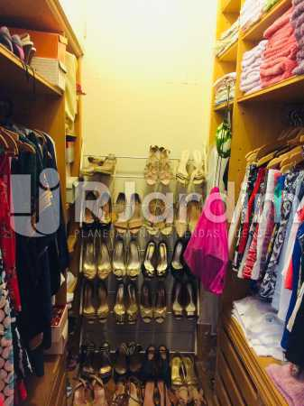 Closet suíte - Apartamento Leblon 3 Quartos Aluguel - LAAP32339 - 20