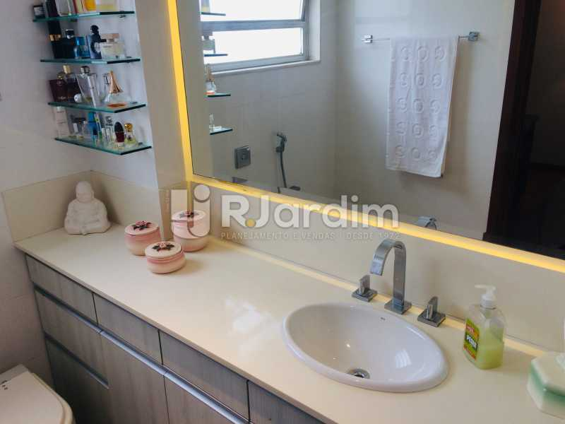Banheiro suíte - Apartamento Leblon 3 Quartos Aluguel - LAAP32339 - 23