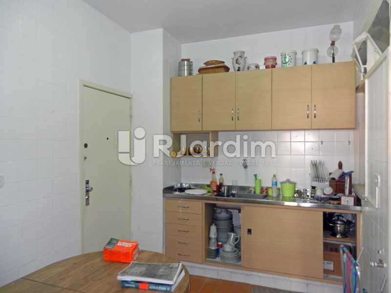 cozinha - Apartamento Copacabana, Zona Sul,Rio de Janeiro, RJ À Venda, 3 Quartos, 100m² - LAAP32353 - 20