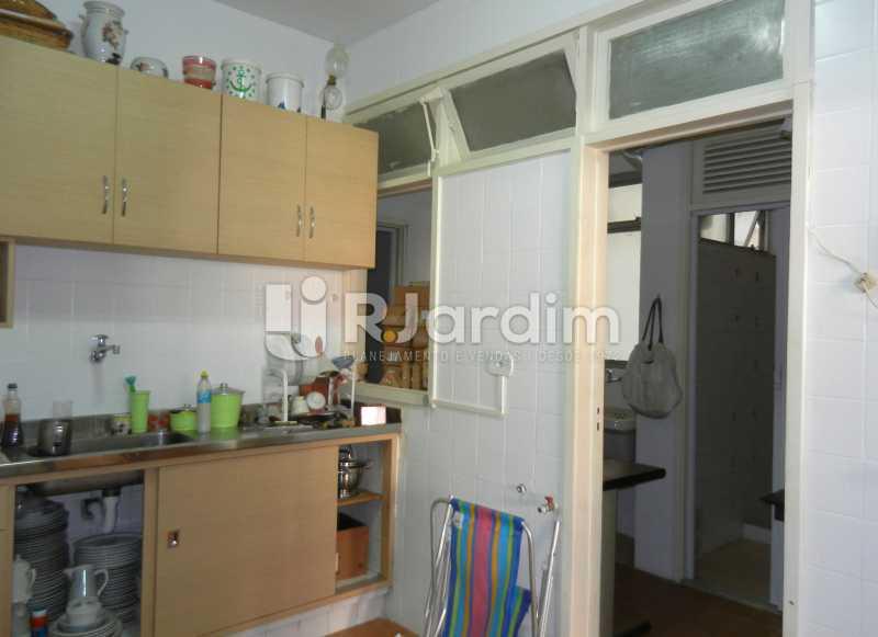 cozinha - Apartamento Copacabana, Zona Sul,Rio de Janeiro, RJ À Venda, 3 Quartos, 100m² - LAAP32353 - 21