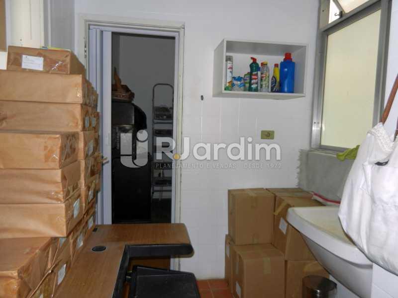 área de serviço/ dependência - Apartamento Copacabana, Zona Sul,Rio de Janeiro, RJ À Venda, 3 Quartos, 100m² - LAAP32353 - 24