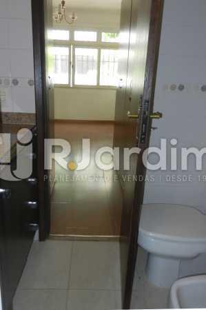 banheiro suite 2 - Apartamento Copacabana 3 Quartos Aluguel Administração Imóveis - LAAP32367 - 18