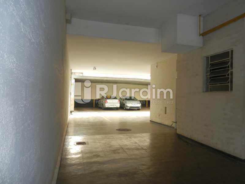 garagem - Apartamento Copacabana 3 Quartos Aluguel Administração Imóveis - LAAP32367 - 31
