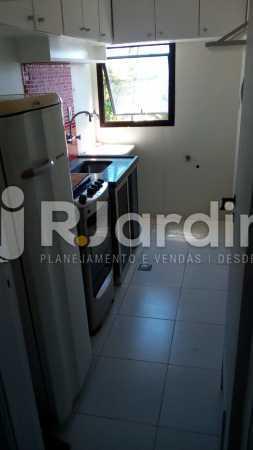 Cozinha - Apartamento Avenida Lúcio Costa,Barra da Tijuca, Zona Oeste - Barra e Adjacentes,Rio de Janeiro, RJ À Venda, 1 Quarto, 72m² - LAAP10426 - 9