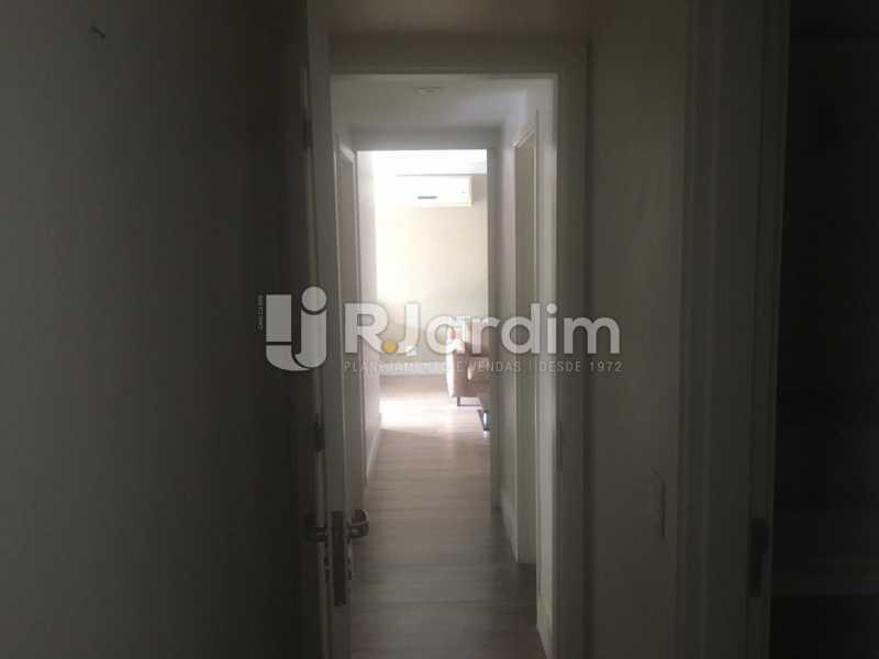 Circulação - Apartamento para alugar Rua Leite Leal,Laranjeiras, Zona Sul,Rio de Janeiro - R$ 4.800 - LAAP32389 - 17