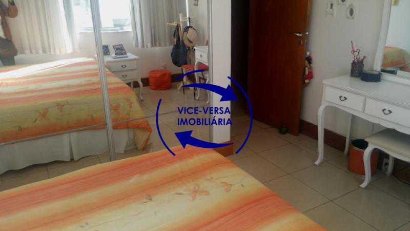 primeiro-quarto - Apartamento À venda em Ipanema - 3 quartos (suíte), dependências reversíveis e vaga! - 1197 - 15