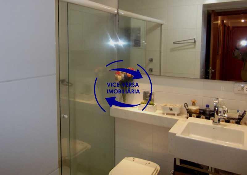 banheiro-da-suite - Apartamento À venda em Ipanema - 3 quartos (suíte), dependências reversíveis e vaga! - 1197 - 22
