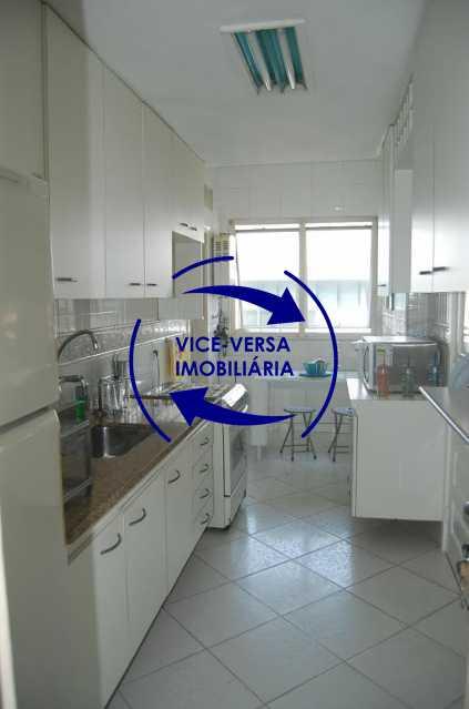 cozinha - Apartamento À venda na Barra - Condomínio Mandala - home office, 3 quartos (suíte), dependências, 2 vagas! - 1205 - 11