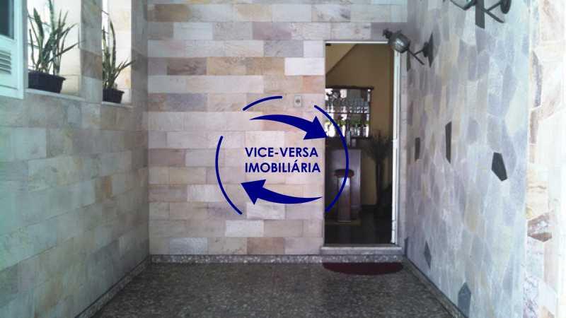 varanda-frontal - Casa duplex À venda na Tijuca, rua Carmela Dutra - 5 quartos, lavanderia, dependências, garagem, próximo de tudo! - 1233 - 4