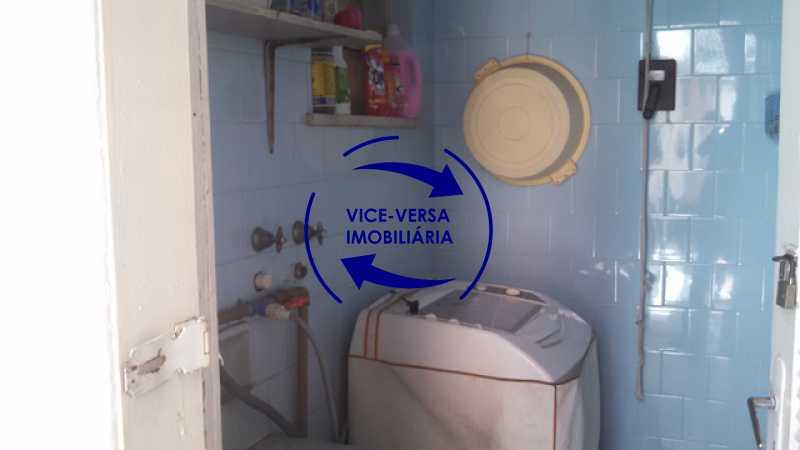 fundos-lavanderia - Casa duplex À venda na Tijuca, rua Carmela Dutra - 5 quartos, lavanderia, dependências, garagem, próximo de tudo! - 1233 - 15