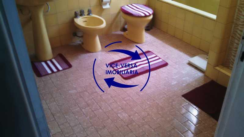 banheiro-social - Casa duplex À venda na Tijuca, rua Carmela Dutra - 5 quartos, lavanderia, dependências, garagem, próximo de tudo! - 1233 - 22