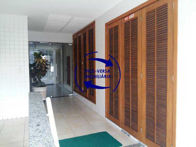 entrada-portaria - Apartamento À venda em Todos os Santos - sala, 2 quartos, área de serviço, vaga! - 1057-5 - 6
