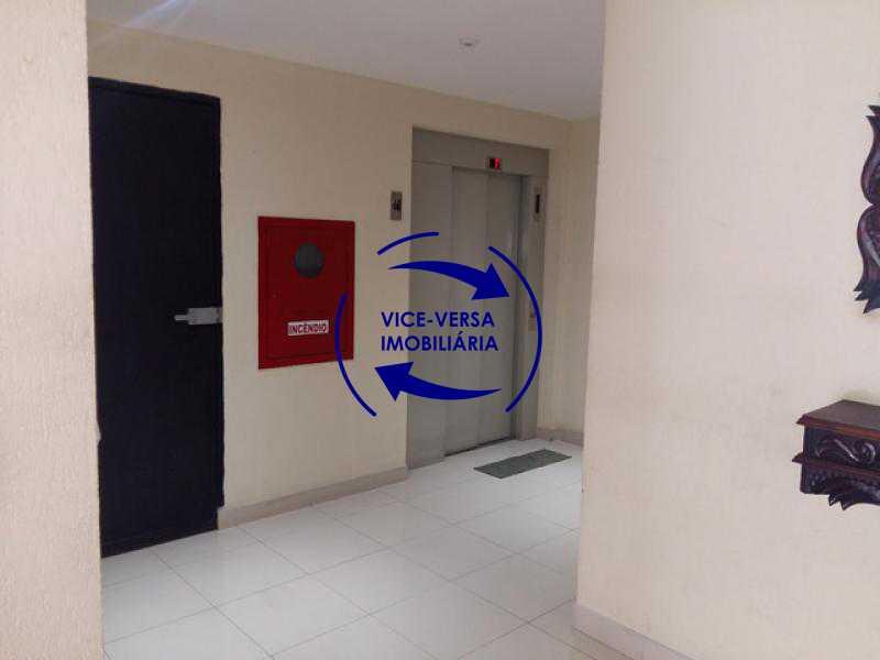 hall_terreo_elevador - Apartamento À venda em Todos os Santos - sala, 2 quartos, área de serviço, vaga! - 1057-5 - 11