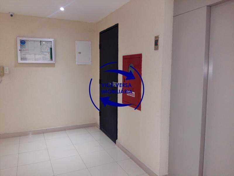 hall_terreo_elevador - Apartamento À venda em Todos os Santos - sala, 2 quartos, área de serviço, vaga! - 1057-5 - 12