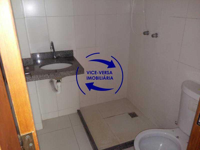 banheiro-social - Apartamento À venda em Todos os Santos - sala, 2 quartos, área de serviço, vaga! - 1057-5 - 20