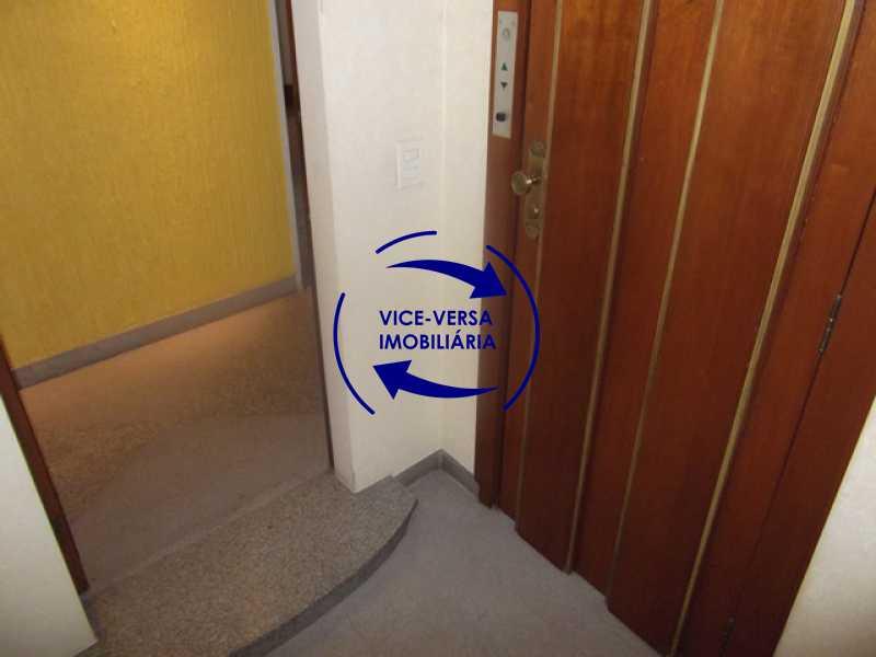 hall-de-entrada - Apartamento À venda na Tijuca - junto metrô Uruguai, salão, 4 quartos, suíte, dependências completas, 2 vagas! - Z1209 - 4