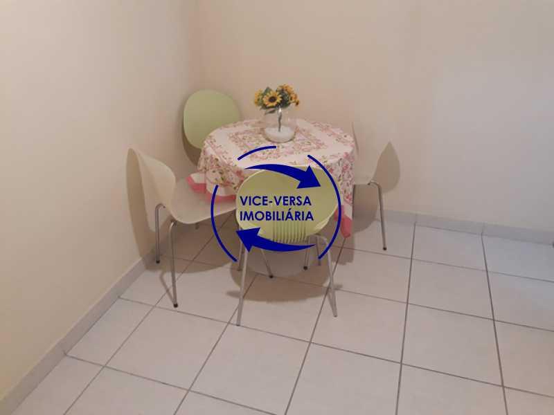 saleta - Ótimo estúdio no Posto 5, na quadra da Praia de Copacabana, de frente, em excelente estado de conservação. - 1283 - 8
