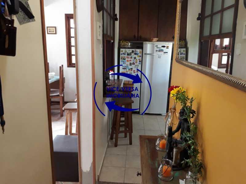 hall-da-circulacao - Casa À venda na Freguesia - Suíça Carioca II, rua Luís Severiano Ribeiro! Estilo colonial, lavabo, 2 suítes, armários, closet, varanda, lavanderia,espaço gourmet! - 1288 - 7