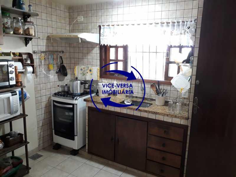 cozinha - Casa À venda na Freguesia - Suíça Carioca II, rua Luís Severiano Ribeiro! Estilo colonial, lavabo, 2 suítes, armários, closet, varanda, lavanderia,espaço gourmet! - 1288 - 9