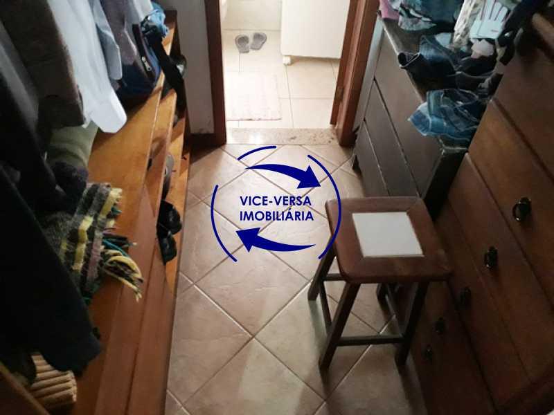 primeira-suite-closet - Casa À venda na Freguesia - Suíça Carioca II, rua Luís Severiano Ribeiro! Estilo colonial, lavabo, 2 suítes, armários, closet, varanda, lavanderia,espaço gourmet! - 1288 - 15