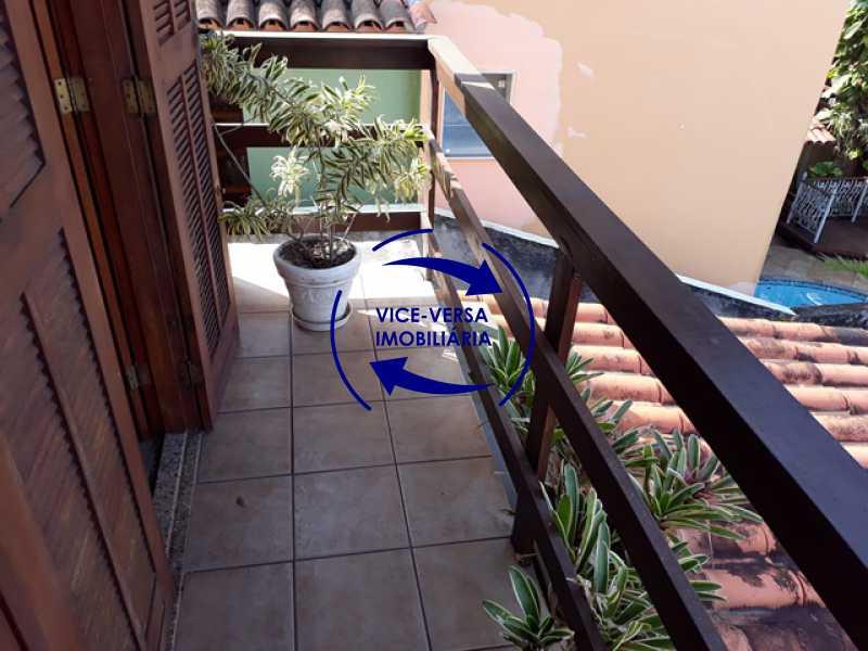 varanda - Casa À venda na Freguesia - Suíça Carioca II, rua Luís Severiano Ribeiro! Estilo colonial, lavabo, 2 suítes, armários, closet, varanda, lavanderia,espaço gourmet! - 1288 - 21