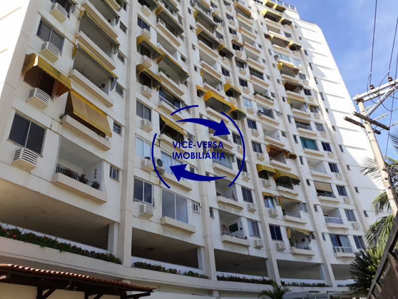 fachada - Flat À venda no Jardim Oceânico - Avenida do Pepê, splits na sala e no quarto, varanda, cozinha, área de serviço! - 1293 - 1