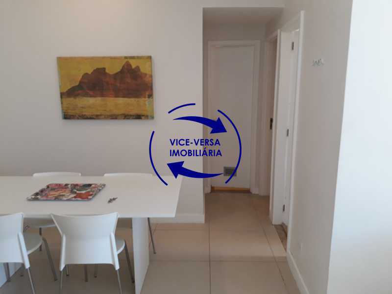 circulacao - Flat À venda no Jardim Oceânico - Avenida do Pepê, splits na sala e no quarto, varanda, cozinha, área de serviço! - 1293 - 11