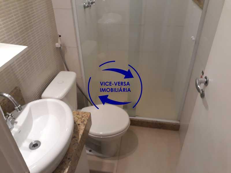 banheiro-social - Flat À venda no Jardim Oceânico - Avenida do Pepê, splits na sala e no quarto, varanda, cozinha, área de serviço! - 1293 - 14