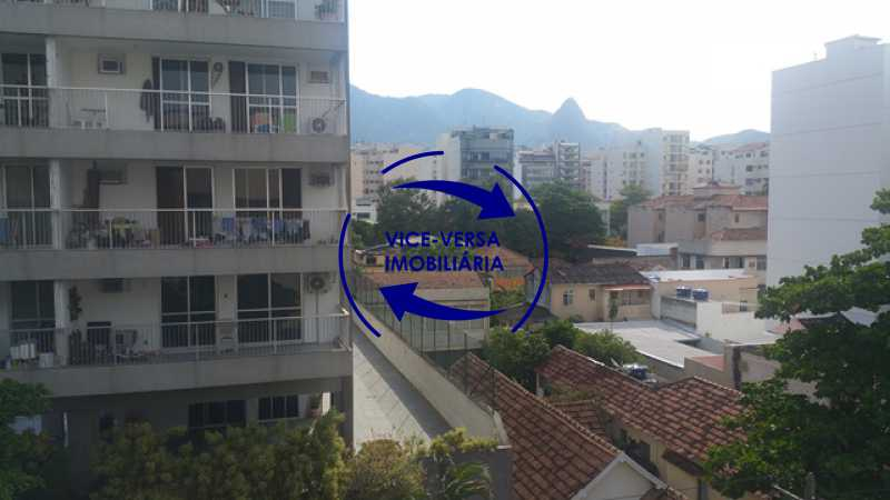 vista - Apartamento À venda na Rua Amaral, próximo ao SESC Tijuca - sala 2 ambientes, lavabo, 3 quartos com armários, cozinha americana, lavanderia, quarto de empregada, vaga garantida! - 1305 - 9