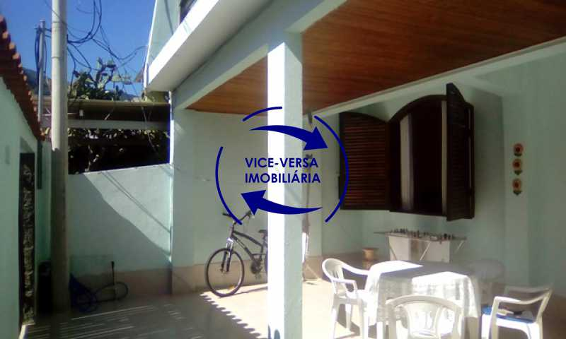 varanda-frontal - Casa À venda no Anil - Condomínio Vale Araticum (Condomínio dos Bancários), área arborizada, 280m², 4 quartos, suíte, lavanderia! - 1340 - 4