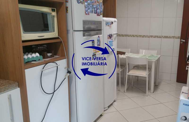 cozinha - Casa triplex À venda em Vila Valqueire - sala, lavabo, 3 quartos, 1 suíte, copa-cozinha, piscina, 2 vagas de garagem. - 1352 - 8