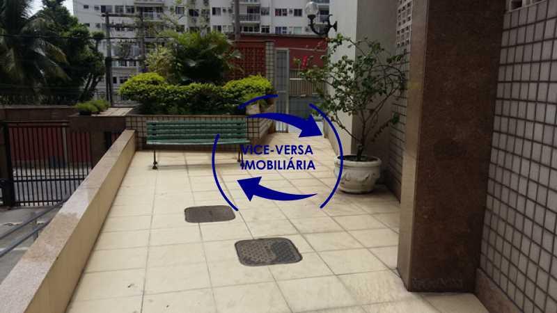 acesso-playground - Ótimo apartamento, vazio, Rua do Parque, ao lado Quinta da Boa Vista, próximo Estação São Cristóvão (Metrô, Supervia). Sala, 2 quartos, vista livre, vaga, ótimo condomínio com segurança. - 1364 - 18