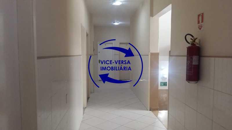 hall-entrada - Ótimo apartamento, vazio, Rua do Parque, ao lado Quinta da Boa Vista, próximo Estação São Cristóvão (Metrô, Supervia). Sala, 2 quartos, vista livre, vaga, ótimo condomínio com segurança. - 1364 - 15