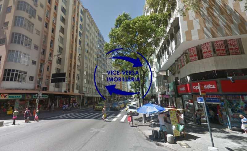 proximidades - Ótimo investimento! Apartamento com 100m², Rua Xavier da Silveira, 1 quadra da Praia de Copacabana, 2 quadras do Metrô Cantagalo. Sala, 3 quartos com dependências completas de empregada. - 1363 - 3