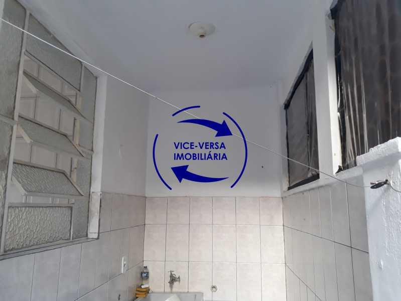 17_área_serviço - Apartamento tipo casa em Cascadura, próximo À Rua Carolina Machado (estação), sala e quarto com quarto de empregada - 56m² - 1370 - 18