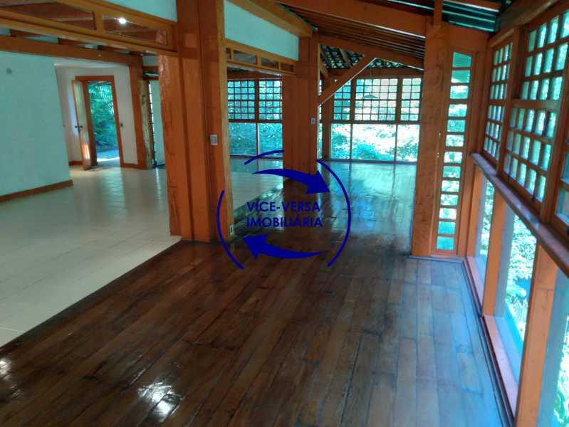 Sala - Ótima casa na parte nobre da Gávea em condomínio fechado no meio do verde com 308m² - 1377 - 8