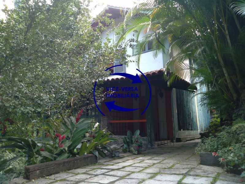 Entrada - Ótima casa na parte nobre da Gávea em condomínio fechado no meio do verde com 308m² - 1377 - 4