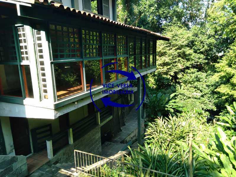 Vista lateral - Ótima casa na parte nobre da Gávea em condomínio fechado no meio do verde com 308m² - 1377 - 1